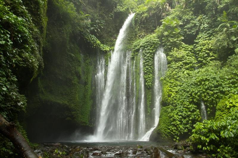 Tui Kelep waterval bij Senaru.