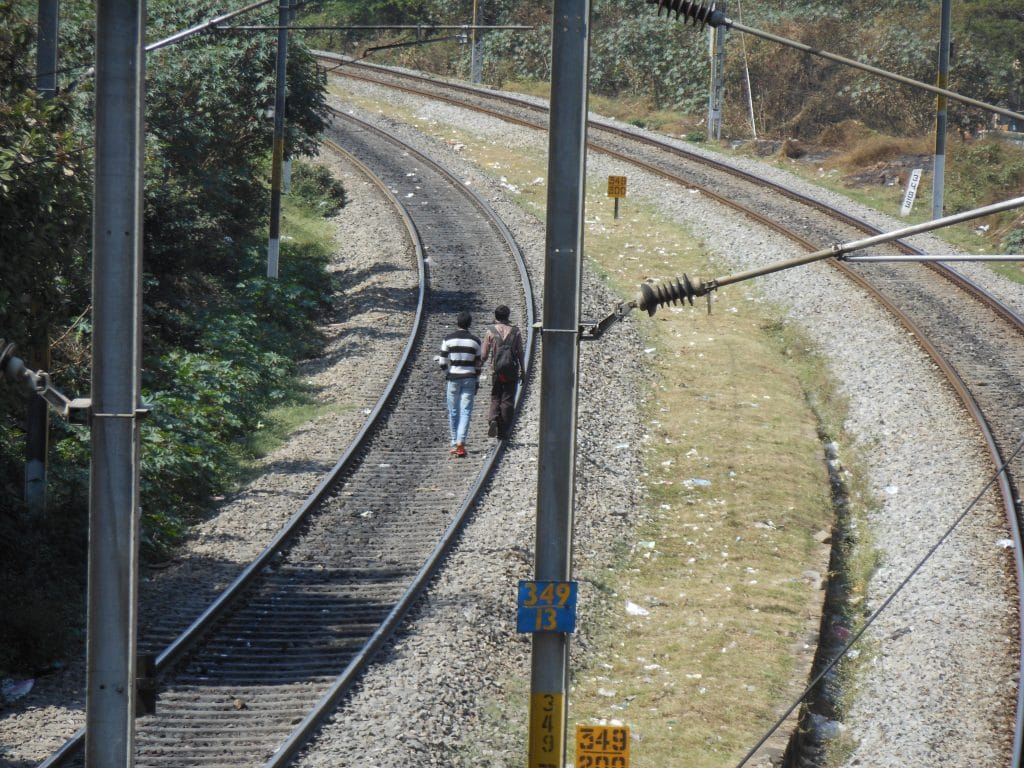Lopen over het spoor