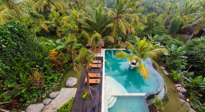 Zwembad Ubud, Alamdini resort