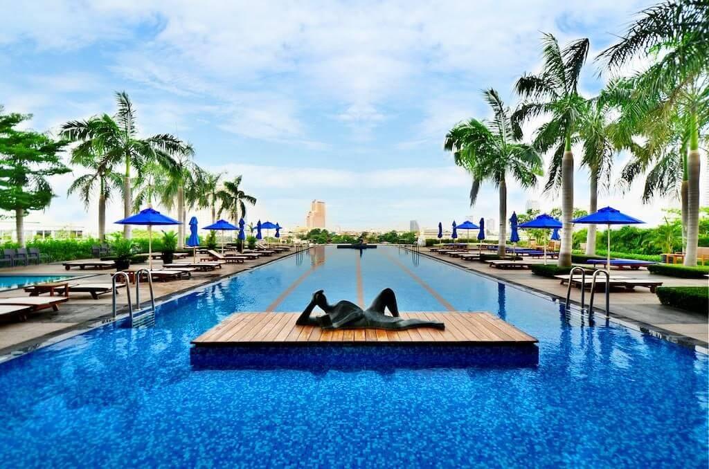 Chatrium Suites Bangkok zwembad