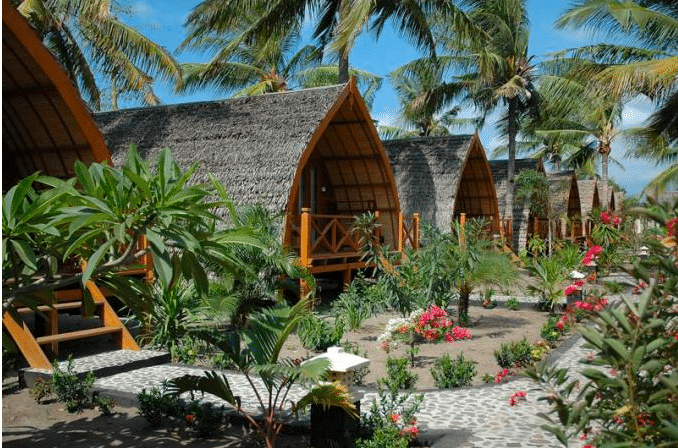 Hotel tips gili trawangan air en meno waar overnachten op de gili 39 s - Manta dive gili air resort ...