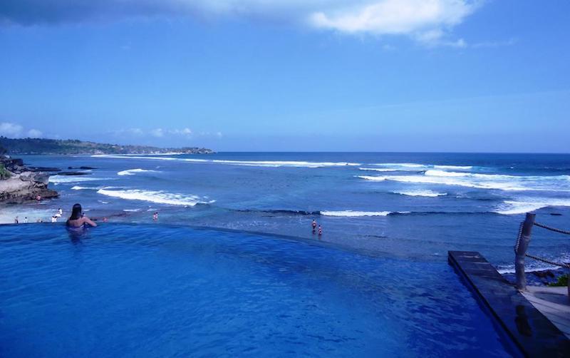 Dream beach infinity pool Lembongan