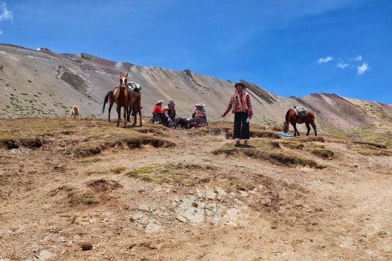 paard rainbow mountains