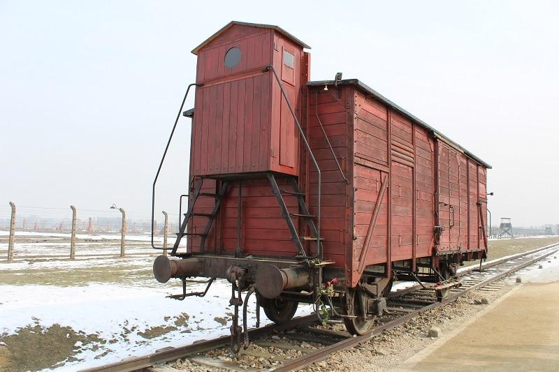 trein auschwitz museum