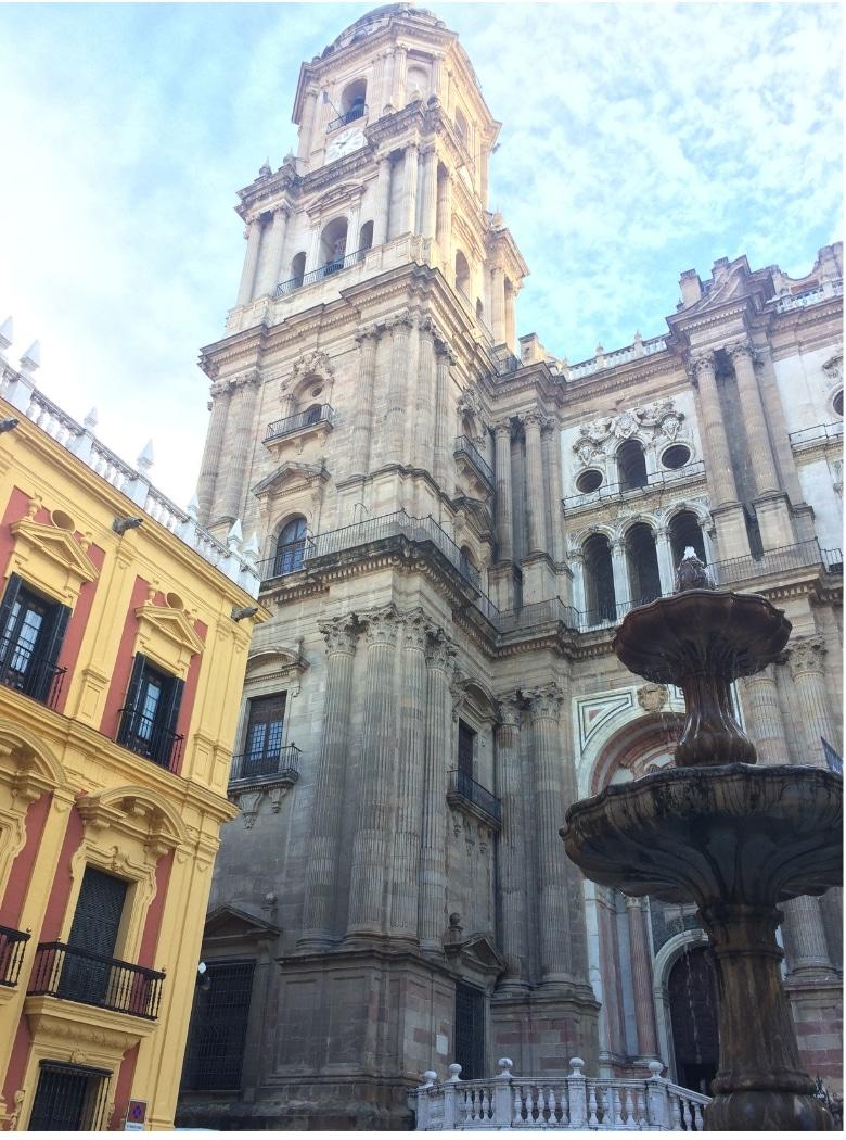 Kathedraal Malaga fontein toren
