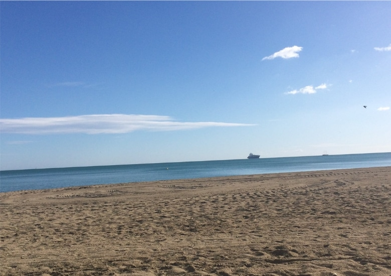 Rusten op strand Malaga