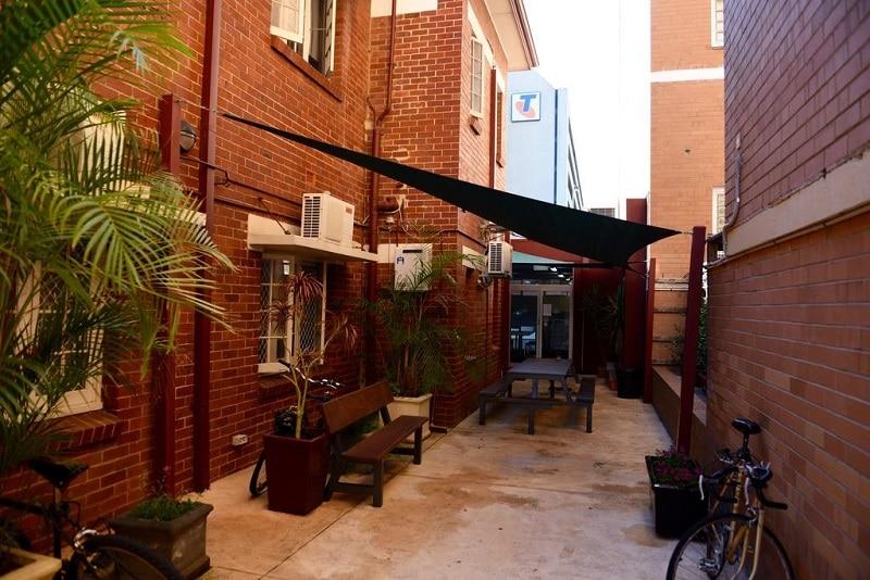 hostel tips Perth