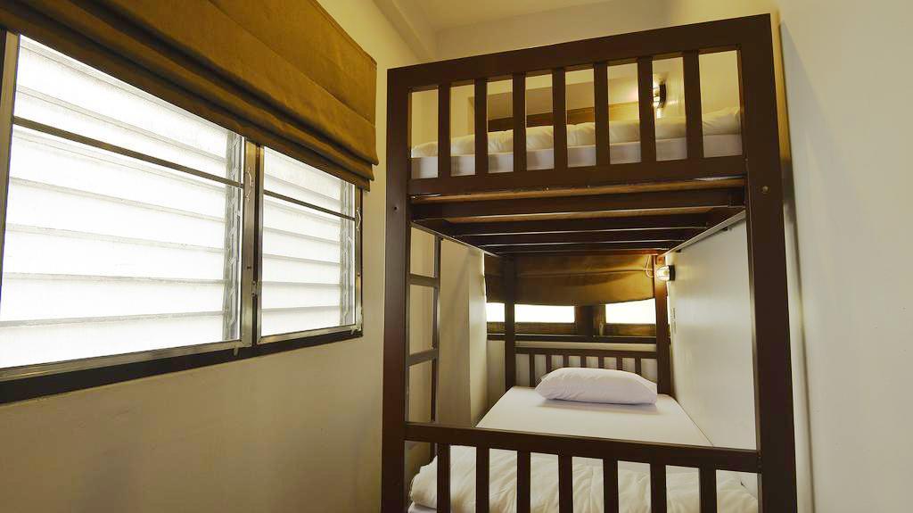 tips hostels bangkok
