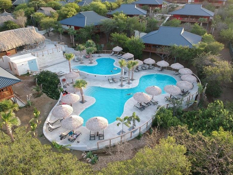 Jan thiel beach hotel tips
