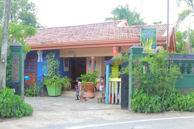 hostel tip negombo