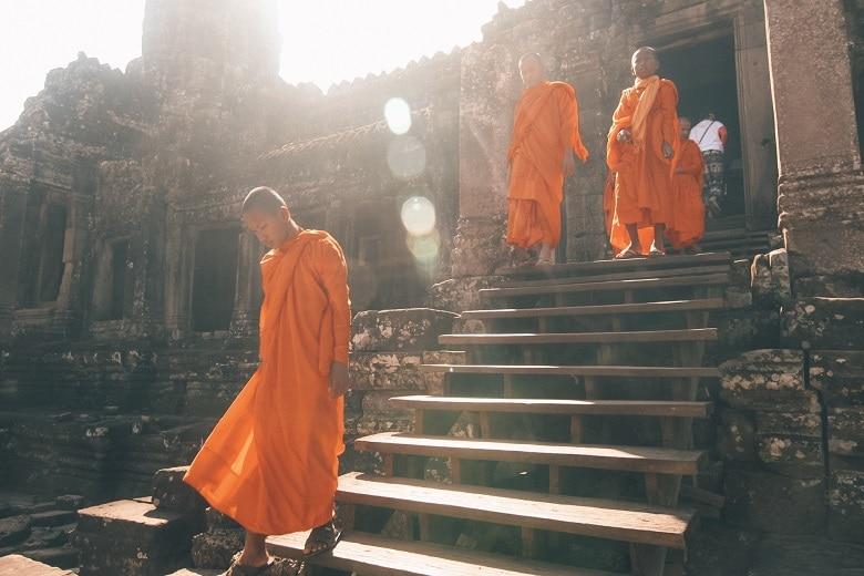 monniken in siem reap angkor wat