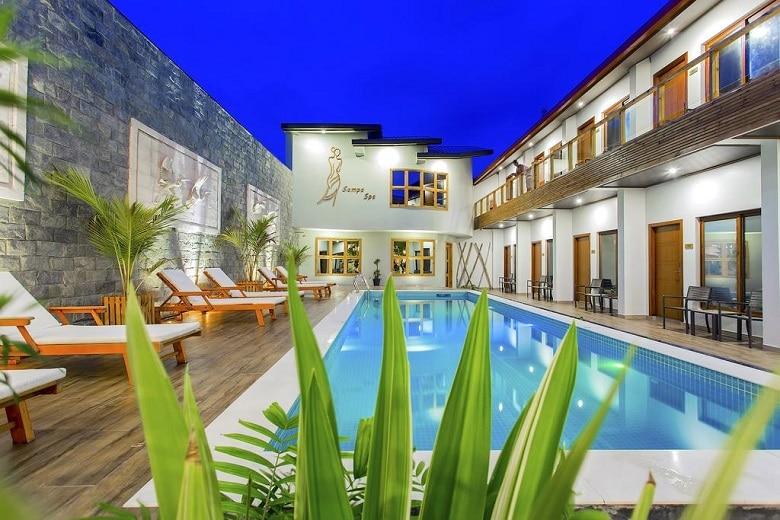 Hotel tips Maafushi zwembad