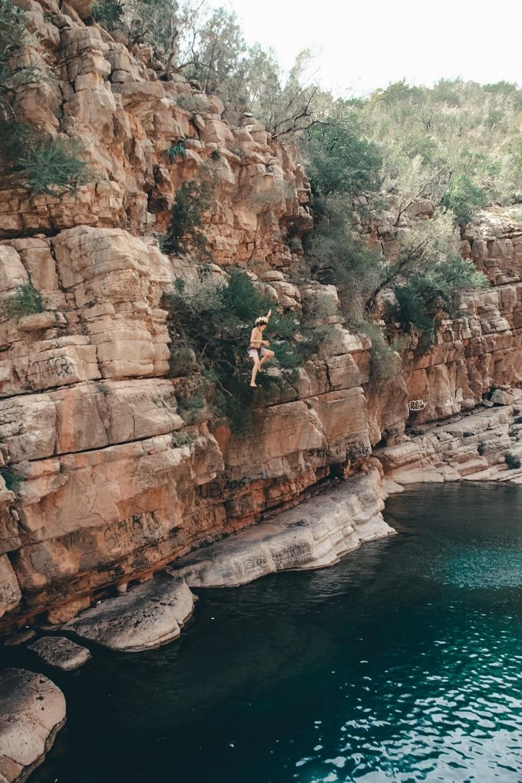Cliffjumpen Paradise Valley