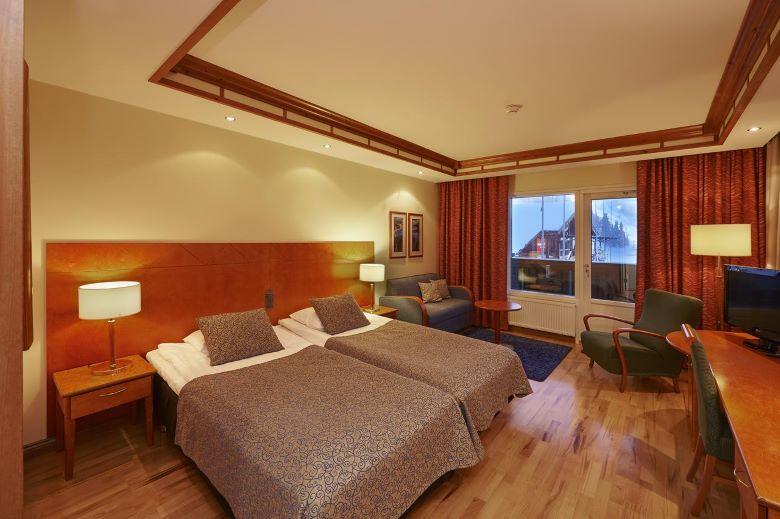fins lapland piste ski hotel tips