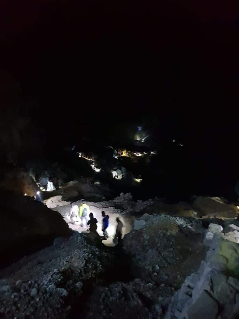 beklimmen ijen vulkaan