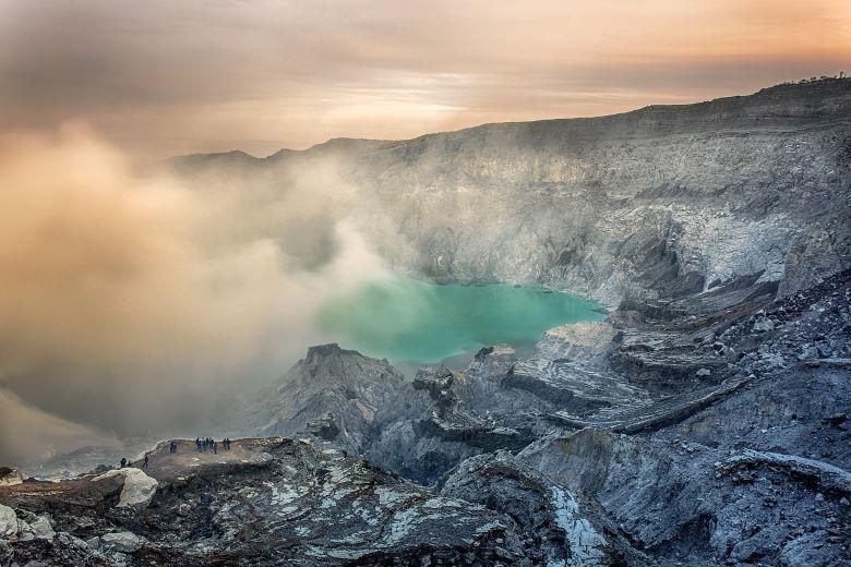 Ijen vulkaan bezoeken beklimmen