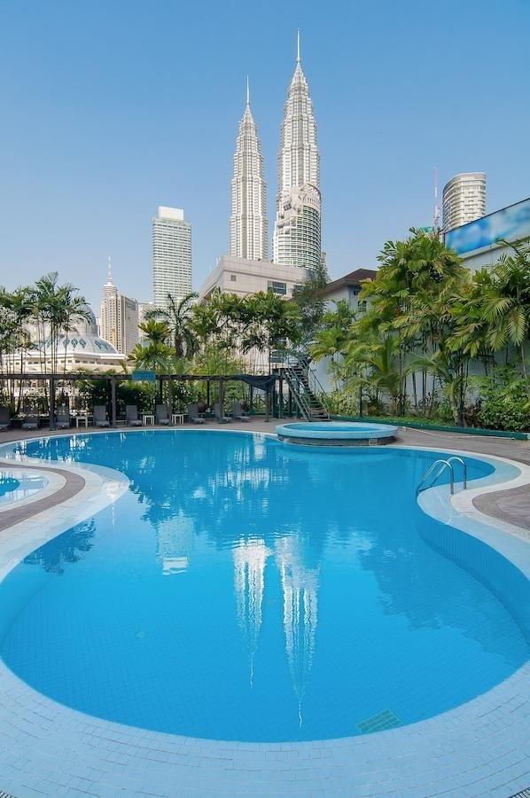 Luxe hotels Kuala Lumpur tips
