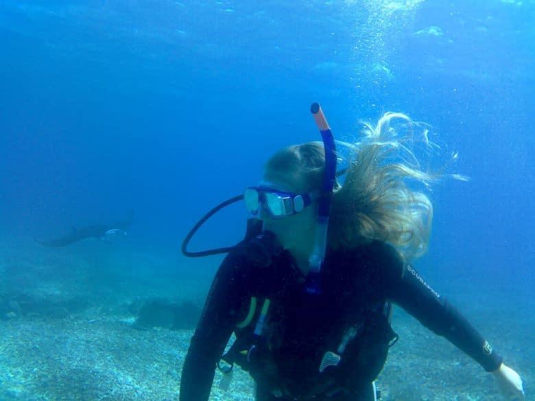duiken met manta rays komodo flores