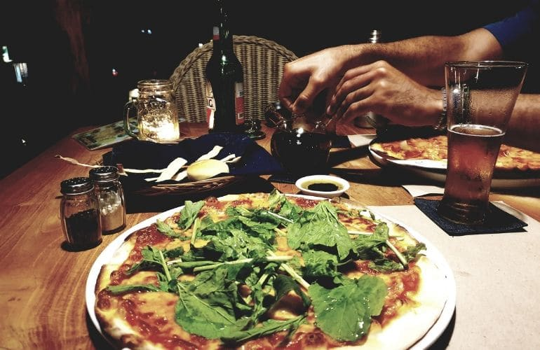 Restaurant tips Amed