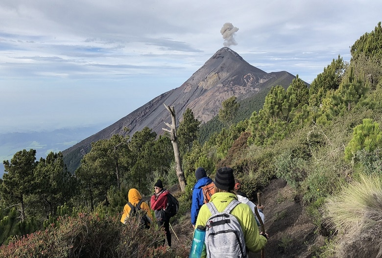 Welke vulkaan in Guatemala belkimmen