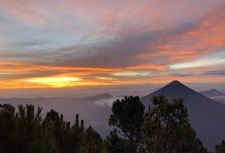 Uitzicht vulkaan Acatenango guatemala