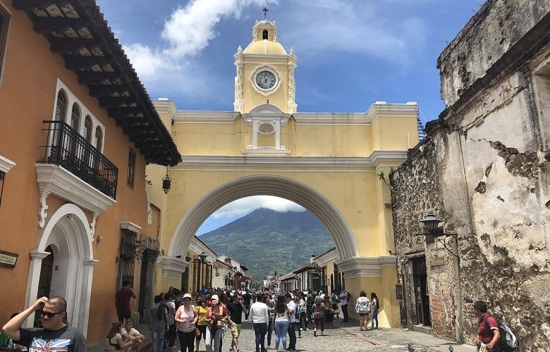 Welke bezienswaardigheden bezoeken Antigua Guatemala