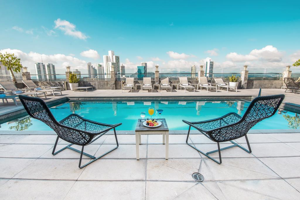 Panama hotel tips