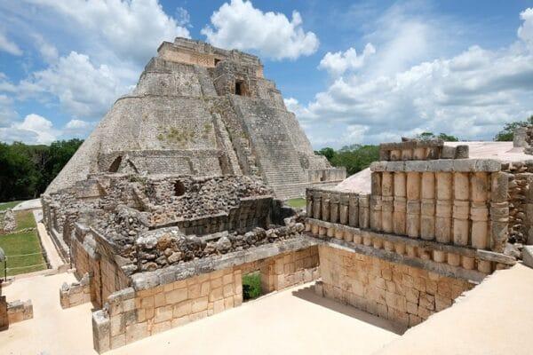 Uxmal maya tempels