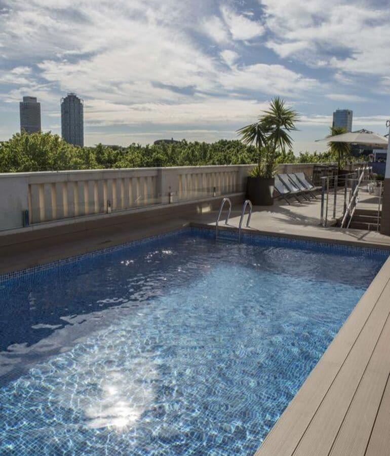 hotel in barcelona met een zwembad