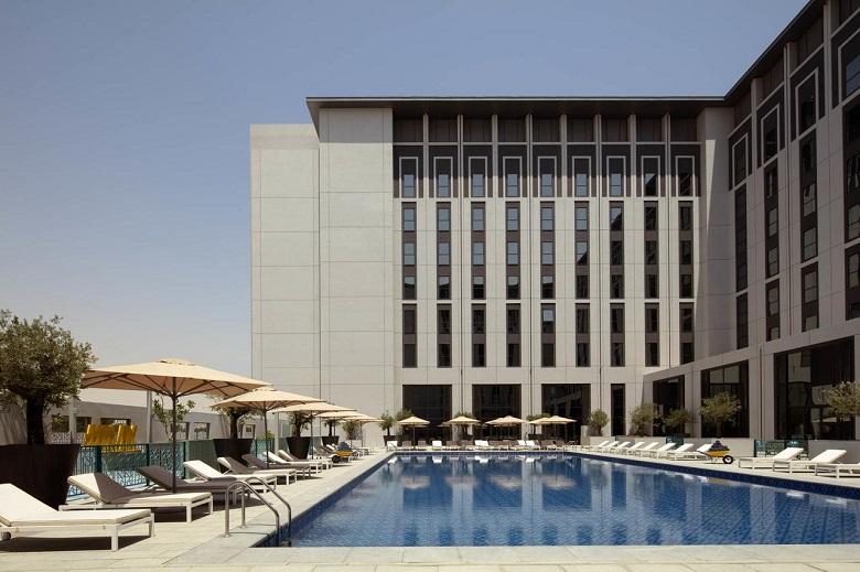 Dubai hotel tips