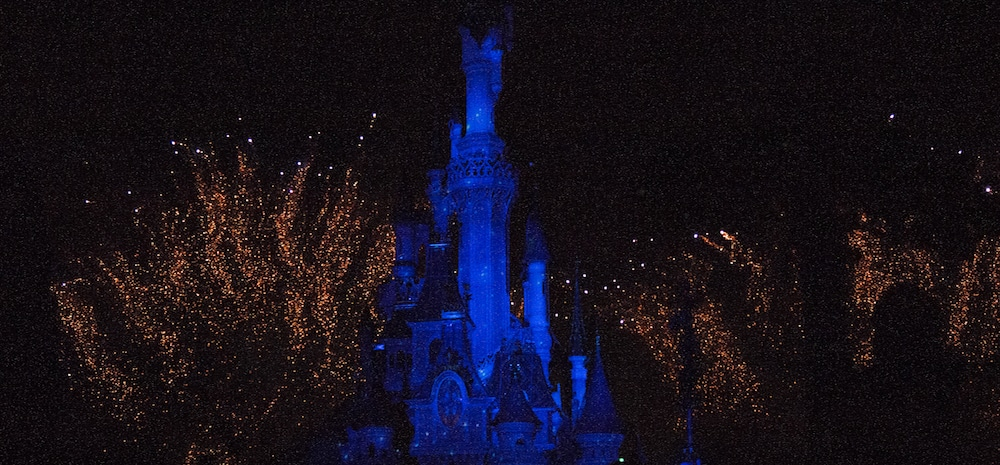 Parijs-Disneyland-vuurwerk-Oud-en-Nieuw
