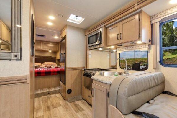 C-XLarge fraserway camper