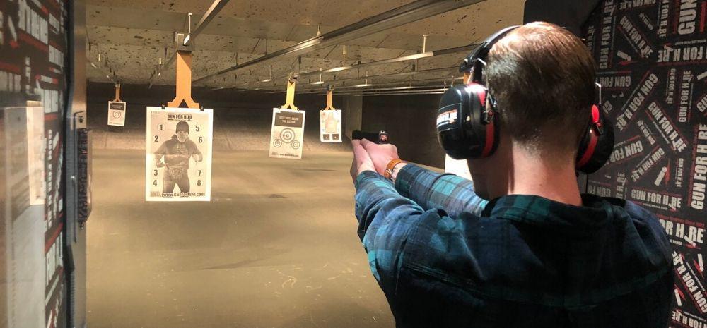 schieten op een schietbaan in new york city