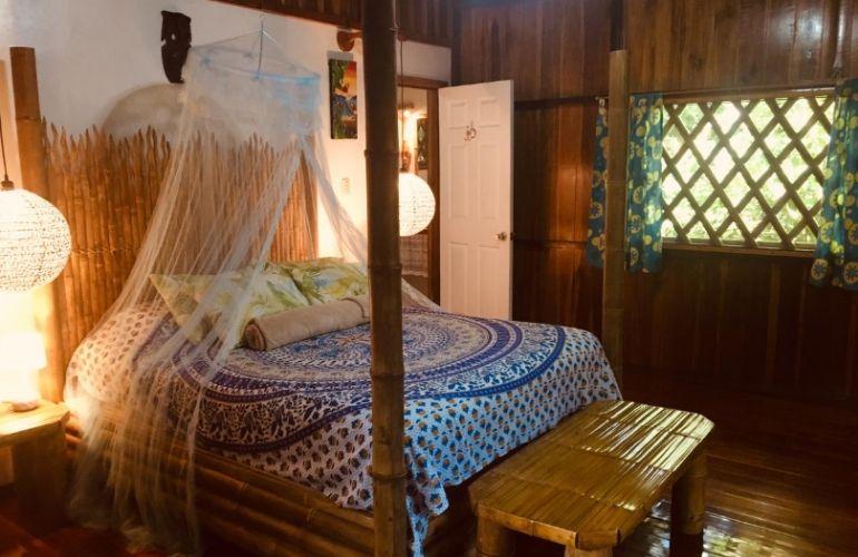 hotel tips Cahuita