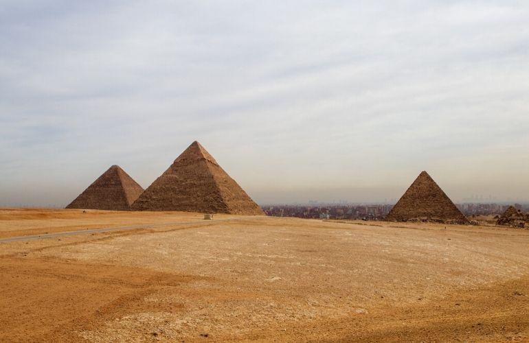 Piramides gizeh cairo egypte