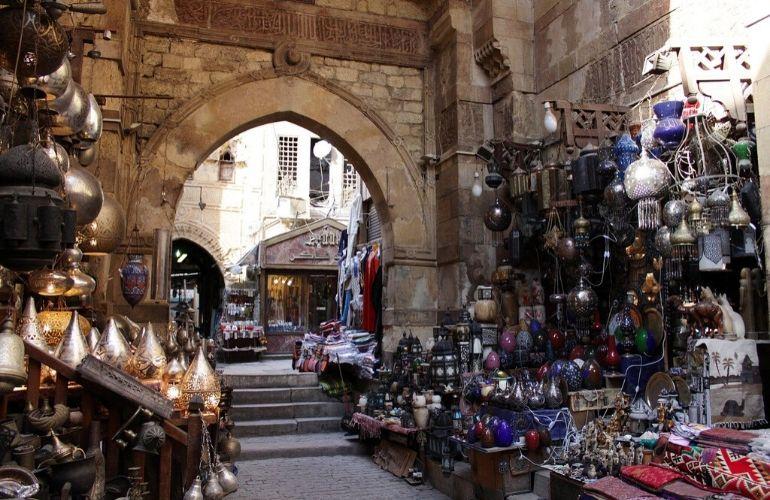 bazaar souvenirs egypte cairo
