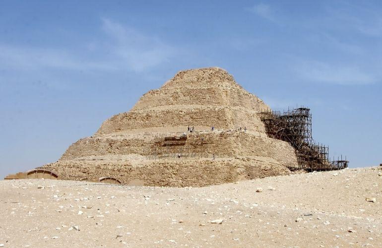 piramides sakkara egypte
