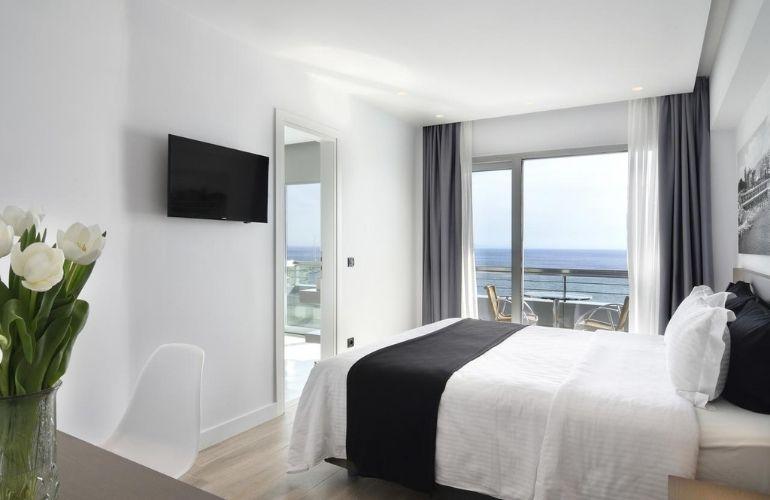 athene hotelstips strand