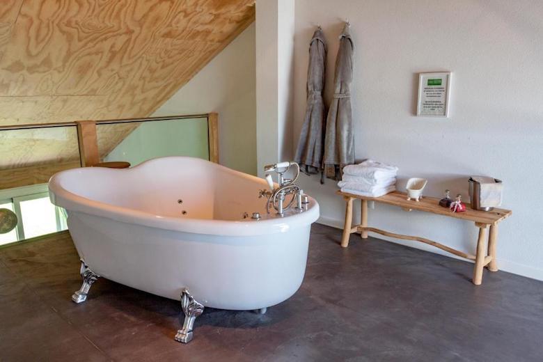 Almere overnachting met bad op kamer