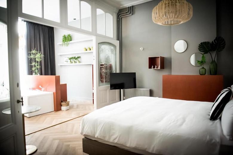 hotel-met-bubbelbad-op-kamer-limburg