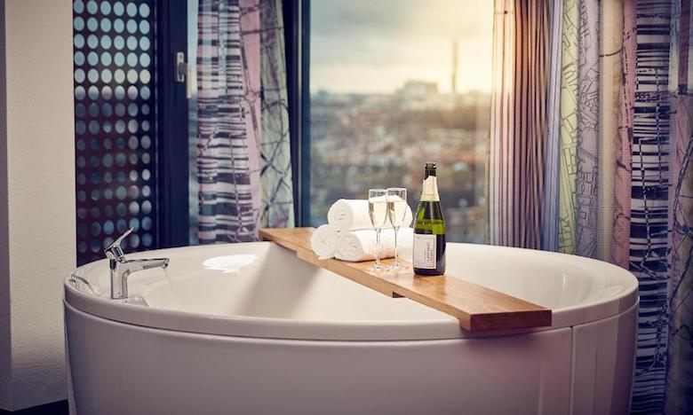 hotelkamer met bubbelbad utrecht