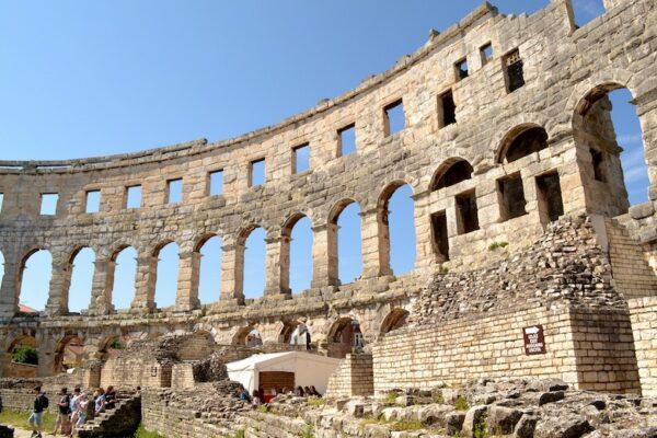 pula kroatie amphitheater