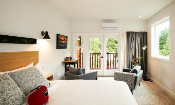hotel tips vancouver island Tofino