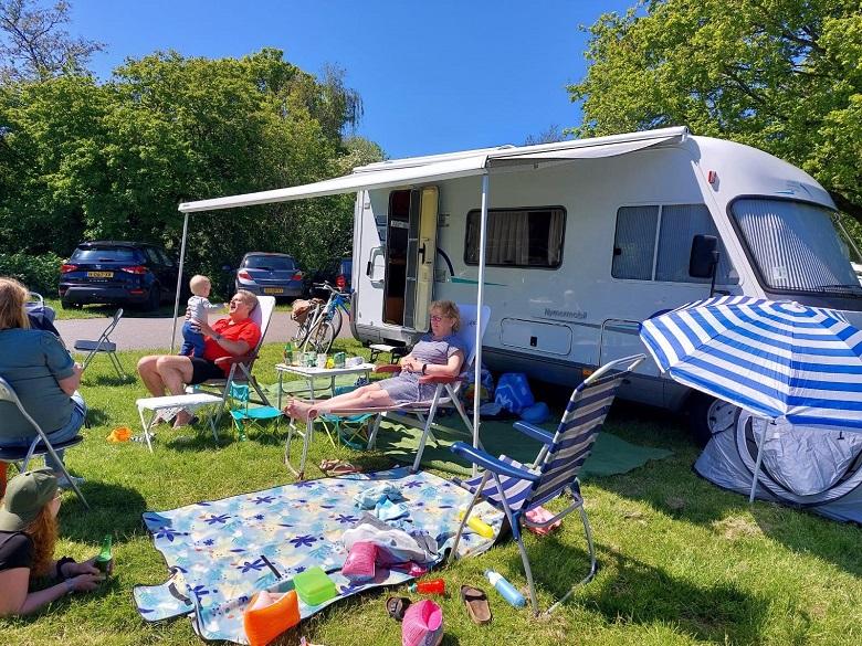 camper met kinderen