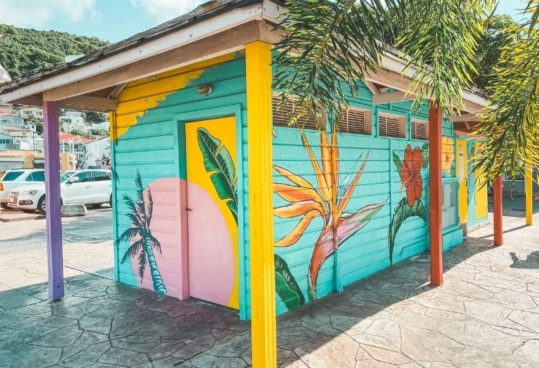 what to know sint maarten
