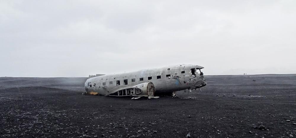 Vliegtuigwrak bezoeken